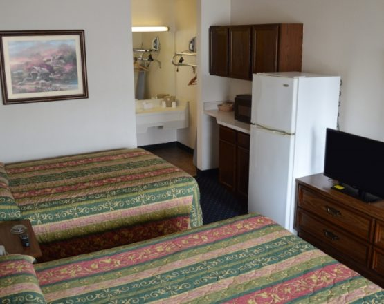 Image of Standard DD Smoking room at Bluegrass Extended Stay