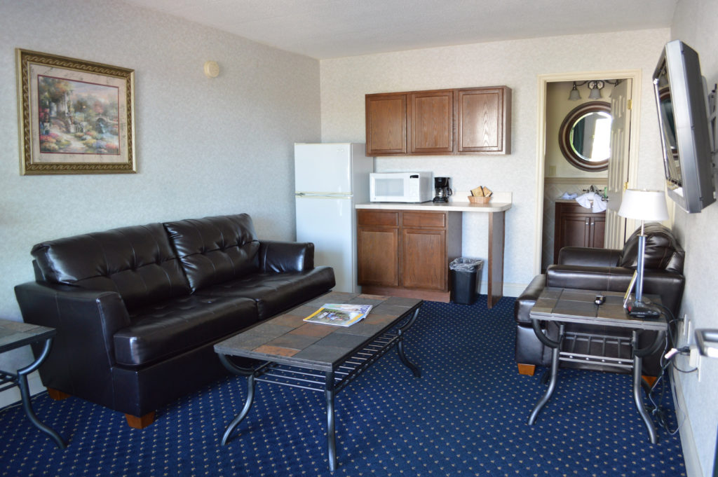 image of suite at Bluegrass Extended Stay